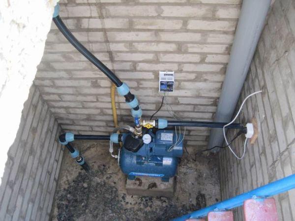 Кессон с оборудованием для водоснабжения