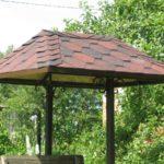 Крыша для колодца – разновидности и строительство