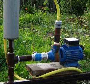 Насосный узел с самодельным подобием ресивера и обратным клапаном