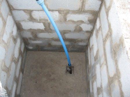 Приямок или обустройство скважины на воду без кессона