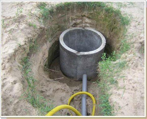 Прокладка водозаборной трубы.
