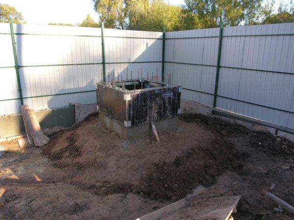 Процесс наращивания стен