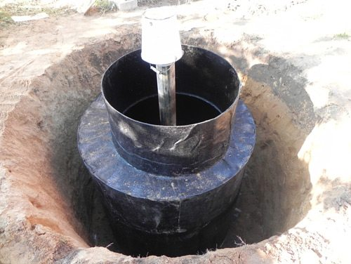 Установка кессона на скважину в котлован