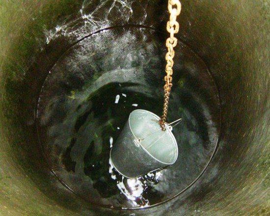 Воду в старых источниках необходимо дезинфицировать