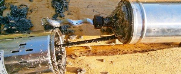 Вот, что вы можете увидеть, разобрав насос, согласитесь, долго он работать не сможет