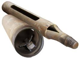 Желонка – основной снаряд ударно-канатного метода бурения.