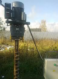 Аппарат для бурения небольших скважин, который можно использовать на дачном участке