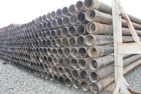 Благодаря толстым стенкам черная сталь десятилетиями служит без антикоррозионной защиты.