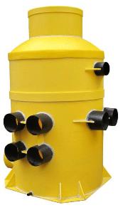 Для защиты от воды лучше использовать пластиковое изделие.