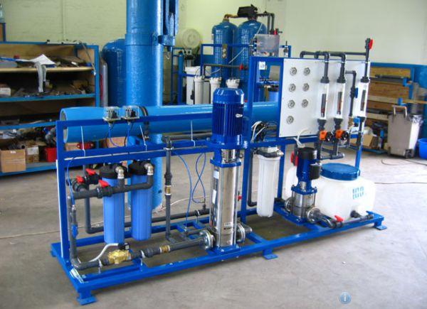 Фото оборудования, предназначенного для полноценной очистки поступающей из скважины воды