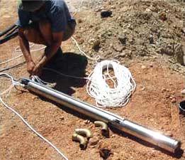 Хомуты должны зафиксировать, но не пережать трос с кабелем