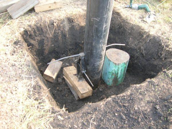Изготовление ямы для создания колодца