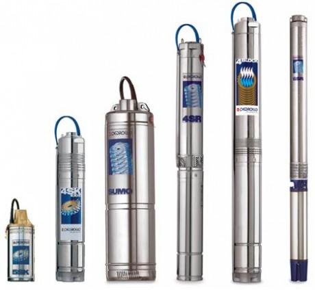 Мощность подбирается с учетом глубины источника и количества точек водозабора