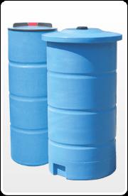 При обсадке шахты пластиковыми резервуарами требуется дополнительное бетонирование.