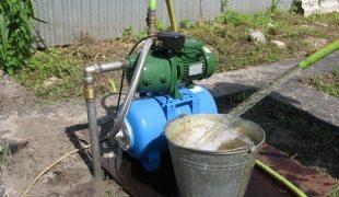 Процесс раскачивания скважины эрлифтом