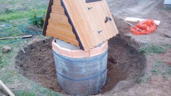 Сделать колодец на дачном участке можно самостоятельно