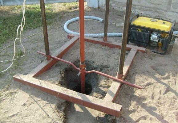 Специальное приспособление для ручного бурения на глубину до 15 метров