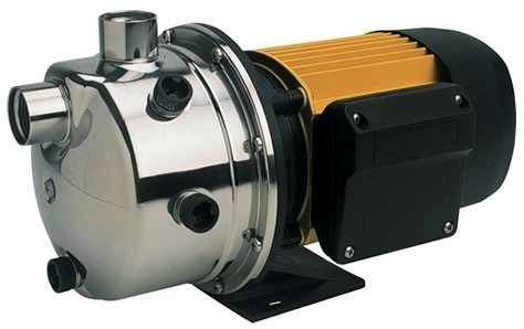 Центробежный самовсасывающий насос со встроенным эжектором.