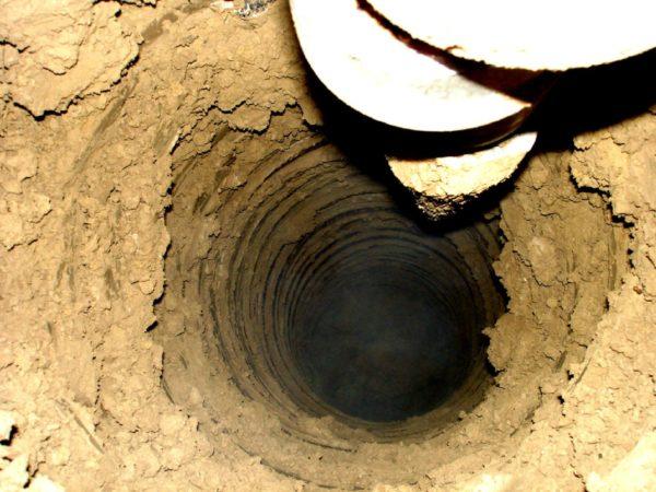 В отдельных случаях восстановить дебит скважины позволяет углубление ствола с предварительным извлечением обсадной трубы