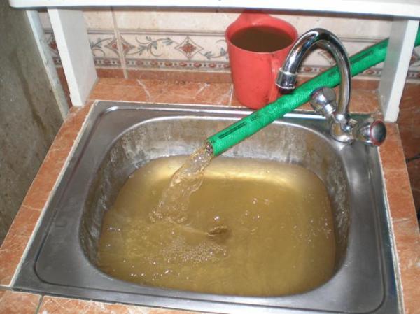 Железистая вода в колодце требует очистки перед употреблением